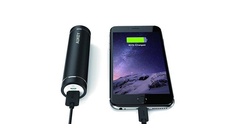 AUKEY Batterie Externe 5000mah mini batterie portable test complet